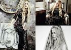 """Avril Lavigne we włoskim """"Glamour"""" odsłania swoją kobiecą stronę i opowiada o gotowaniu, mężu oraz ulubionych projektantach"""