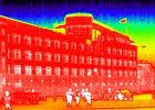 Ambasada USA w Berlinie. Zdjęcie z kamery termowizyjnej
