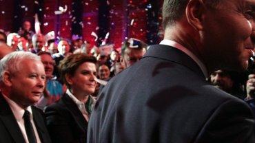 """Ju� wiadomo: Kandydatem PiS na premiera b�dzie Jaros�aw Kaczy�ski. """"Polityczny geniusz. Jest szcz�liwy"""""""