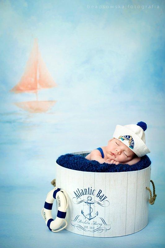 Sesja noworodka w studiu fotograficznym Beaty Osowskiej
