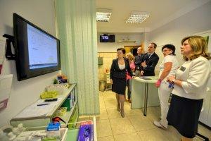 Warszawa chce poprawić opiekę nad seniorami i niepełnosprawnymi. Uda się?