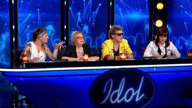 """W drugim odcinku """"Idola"""" na castingu pojawiła się Carolin Mrugała. Uczestniczka zaśpiewała przebój """"Cicho"""" Ewy Farnej. Cały odcinek będzie mieć premierę w najbliższą środę (22 lutego 2017) o 20:00 w Polsacie."""