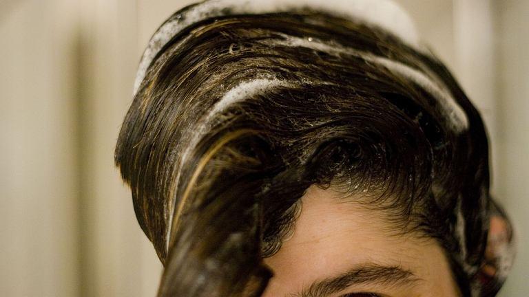 Mycie włosów to nie taka prosta sprawa