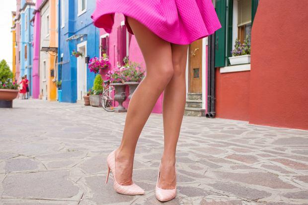 Zwiewne sukienki na wiosnę - zainspiruj się!