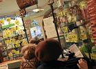 """Rekord sprzedaży leków w Polsce. Rząd chce zmian: """"apteka dla aptekarza"""", zakaz sprzedaży leków w sklepach..."""