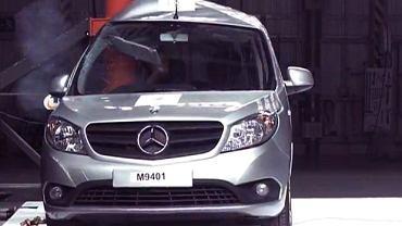 Mercedes Citan - crash test