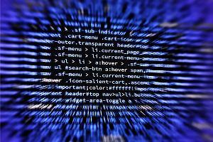 100 tys. cyberataków dziennie na Polskę. Głównie z terytorium Rosji. Przestępcy nie wiedzą kogo atakują, dlatego atakują wszystkich