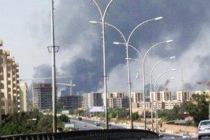 Amerykanie ewakuowali swoją ambasadę w Libii. W akcji użyto wojskowych myśliwców