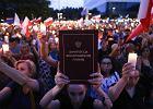 Piątek - kolejny dzień protestów w obronie niezależności sądów. Demonstracje w Warszawie i przed sądami w całej Polsce