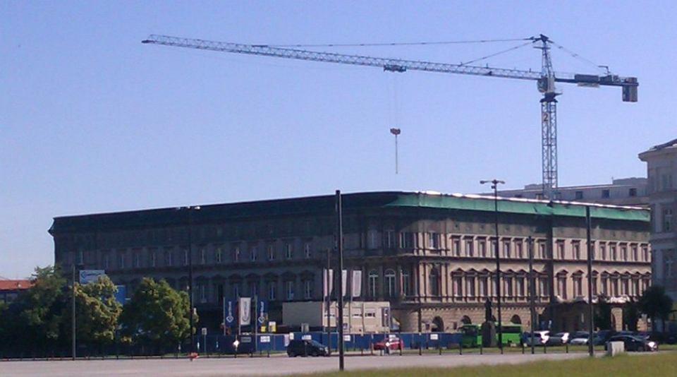 Hotel Europejski Stracil Dach Trwa Wielki Remont