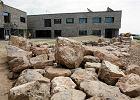 Wielkie centrum pod Kielcami prawie gotowe. Wyj�tkowa aula, kamienna elewacja. Tak wygl�da [ZDJ�CIA]