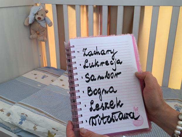 """Jak wybrać dobre imię dla dziecka? """"Tyle jest pięknych, polskich imion. Po co udziwniać?"""""""