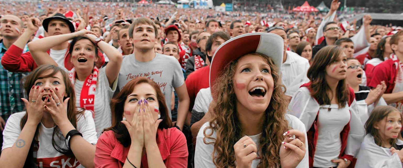8f0dfc559 Futbolove Historie - CoJestGrane24.pl