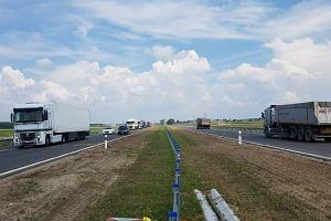 Ekspresówka S8 Warszawa-Białystok dłuższa o 9 km. W październiku kierowcy mają pojechać już całą trasą