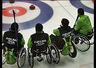 W Kanadzie curling uprawia 800 tysięcy ludzi. To po hokeju najbardziej popularny sport. W Polsce cieszy się mniejszą popularnością.