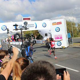 38. PZU Maraton Warszawski. Ponad 10 tys. biegaczy i rewelacyjny czas zwyci�zcy!