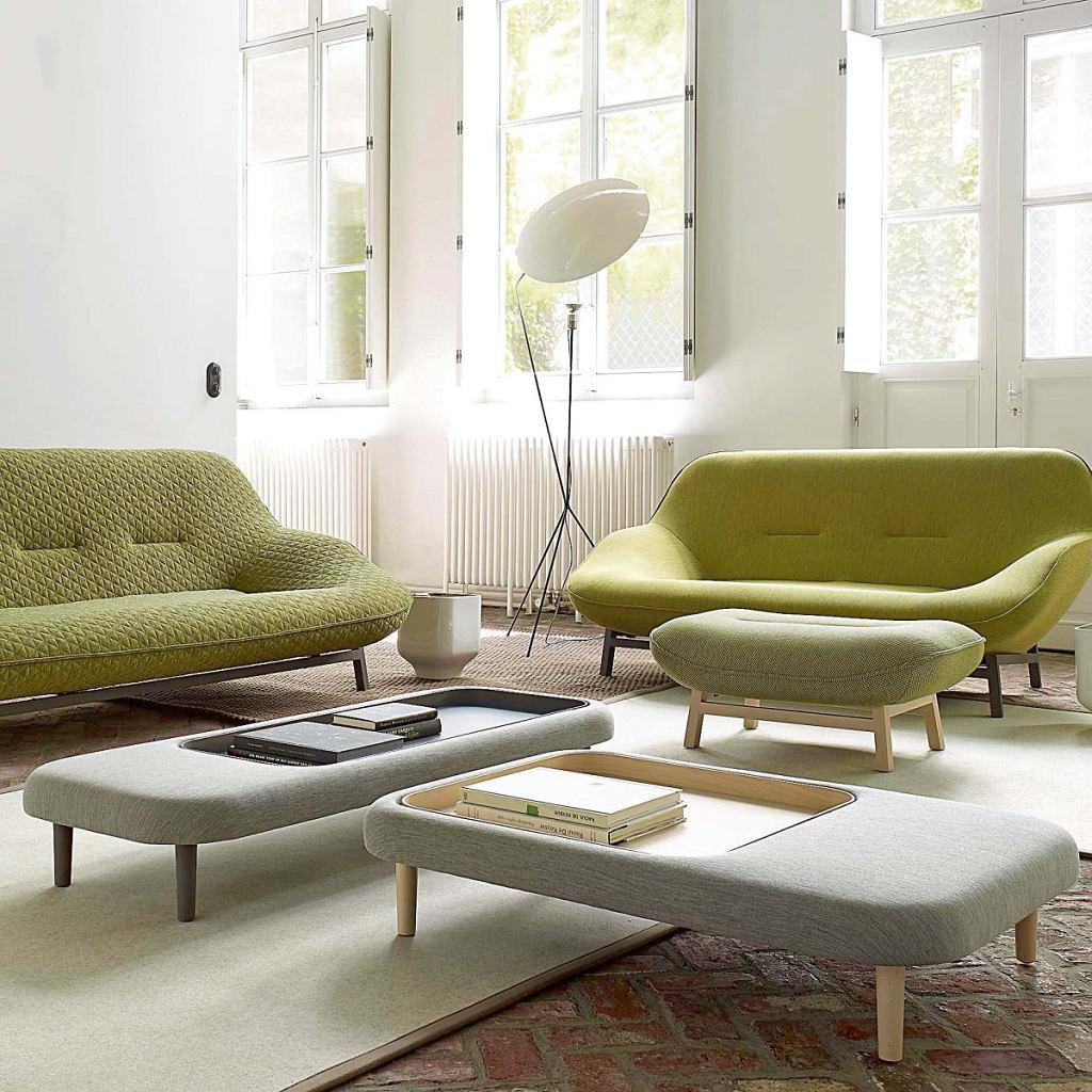 Wcielenie komfortu. Taki właśnie cel przyświecał projektantowi przy tworzeniu sofy Cosse dla marki Ligne Roset. Głębokie, miękkie siedziska, obła forma - wszystkie cechy tego mebla kojarzą się z wypoczynkiem. galeria-wnetrza.pl