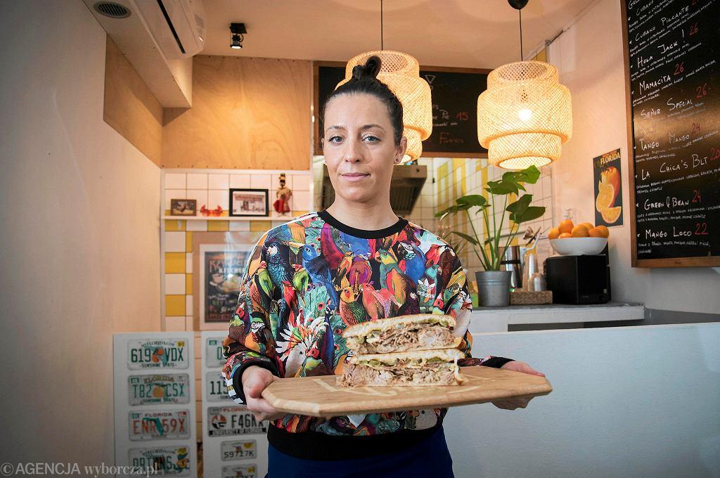 Kasia Mirecka, właścicielka La Chica Sandwicheria,  baru z kubańskimi kanapkami przy ul. Solec 50 / FRANCISZEK MAZUR