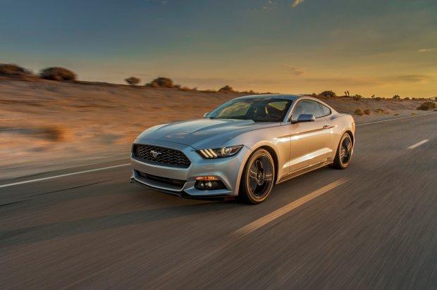 Nowy Mustang pojawi si� szybciej