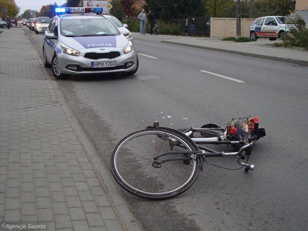 Pani Mieczysława konała w rowie siedem godzin. 300 metrów od swojego domu w Nowej Sobótce