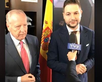 Patryk Jaki prowadzi kampanię z Madrytu. Znowu mówi o metrze. ''Da się szybko i tanio''