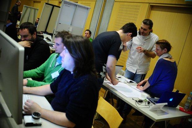 Pierwszy dzień Hackdays zakończony, uczestnicy zaprezentowali swoje pomysły