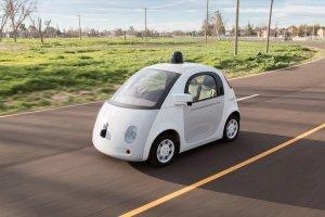 3 najcz�stsze reakcje na pierwsz� przeja�d�k� samosteruj�cym samochodem Google