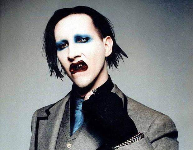 Jest najbardziej rozpoznawalną postacią z filmów Tima Burtona, kapitanem Jack'iem Sparrow oraz jednym z najmilszych ludzi jakich zna sam Marilyn Manson. Co zatem sprawiło, że Johnny Depp został oskarżony o przemoc wobec byłej żony?