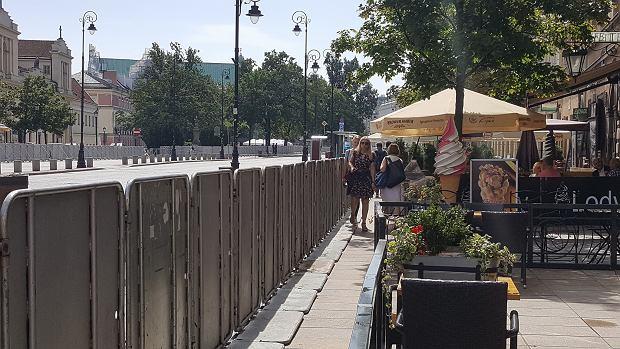 Krakowskie Przedmieście zabarykadowane