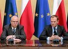 Andrzej Seremet i Donald Tusk. Premier podpisa� sprawozdanie prokuratora generalnego
