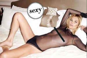 """Szok! Kate Moss absolutnie NAGO (!) w """"Lui Magazine"""". Jest bardziej odwa�na ni� w """"Playboy'u""""?"""