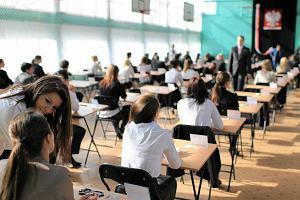 Od stycznia maturzyści muszą płacić za kolejną poprawkę