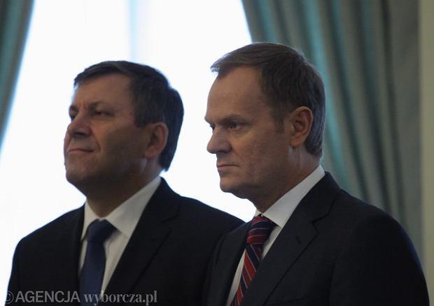 Szef PSL Janusz Piechoci�ski i premier Donald Tusk
