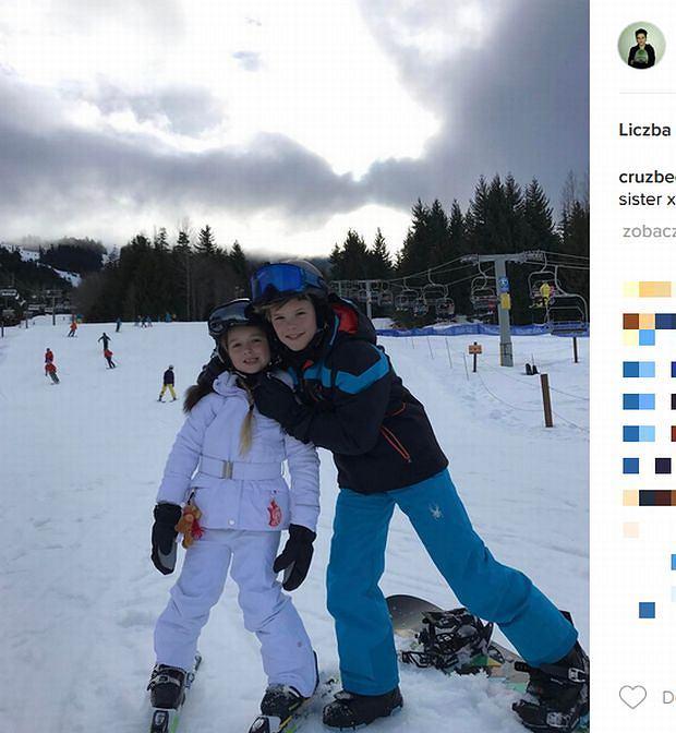 Zdjęcie numer 9 w galerii - Rodzina Beckhamów w górach. Harper uczy się jeździć na nartach! Nie obyło się bez WYPADKU. Zobaczcie nagranie
