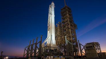 Rakieta Falcon 9 z kapsułą Dragon