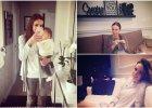 """Anna Wendzikowska co prawda nie zaprosiła do swojego mieszkania kamer i stara się chronić prywatności. Jednak dla fanów na Instagramie jest bardziej szczodra - na zdjęciach pokazała niemal każdy kąt swojego domu. Dziennikarka mieszkanie pieszczotliwie nazywa """"domkiem Ani"""" (tak je oznacza na zdjęciach), a fanom odpowiada na nurtujące ich pytania dotyczące rozmieszczenia pomieszczeń. Zobaczcie, jak mieszka."""