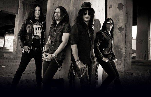 20 listopada w Łodzi wystąpi ze swoim zespołem światowej sławy gitarzysta - Slash. Na koncercie możemy się spodziewać klasycznych kawałków Guns N'Roses.