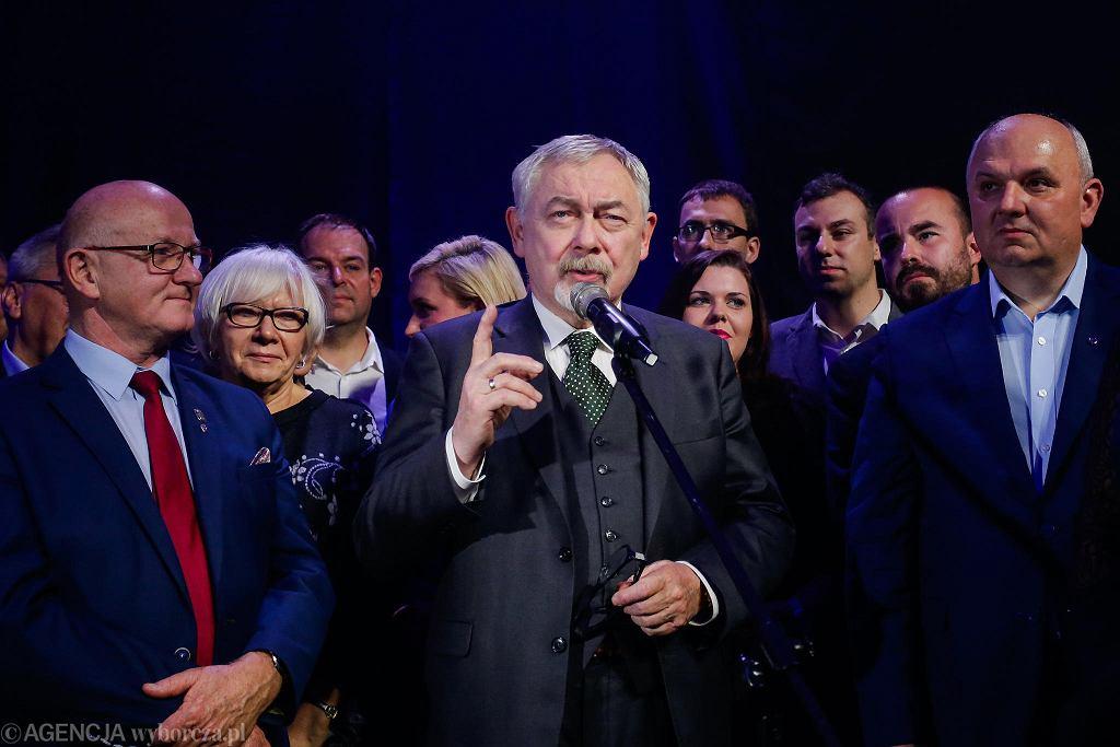 Wybory 2018. Wieczór wyborczy w sztabie Jacka Majchrowskiego.