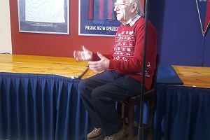 Prawie 97-letni legendarny trener Pogoni w świetnej formie. Odwiedziła go algierska telewizja