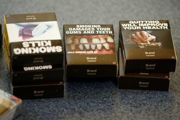 Propozycje nowych opakowań papierosów na rynek kanadyjski, konferencja prasowa maj 2016