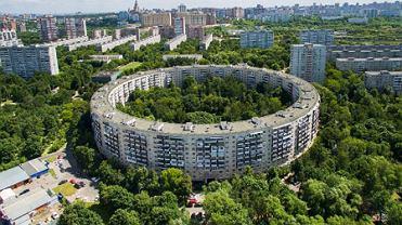 Niezwykły okrągły budynek w Rosji