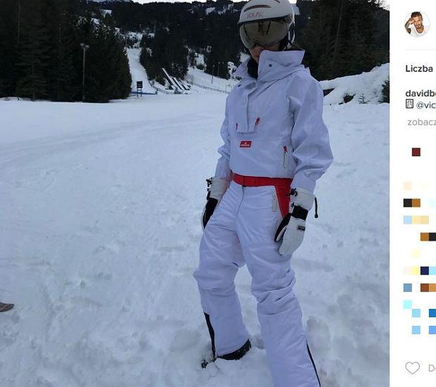 Zdjęcie numer 8 w galerii - Rodzina Beckhamów w górach. Harper uczy się jeździć na nartach! Nie obyło się bez WYPADKU. Zobaczcie nagranie