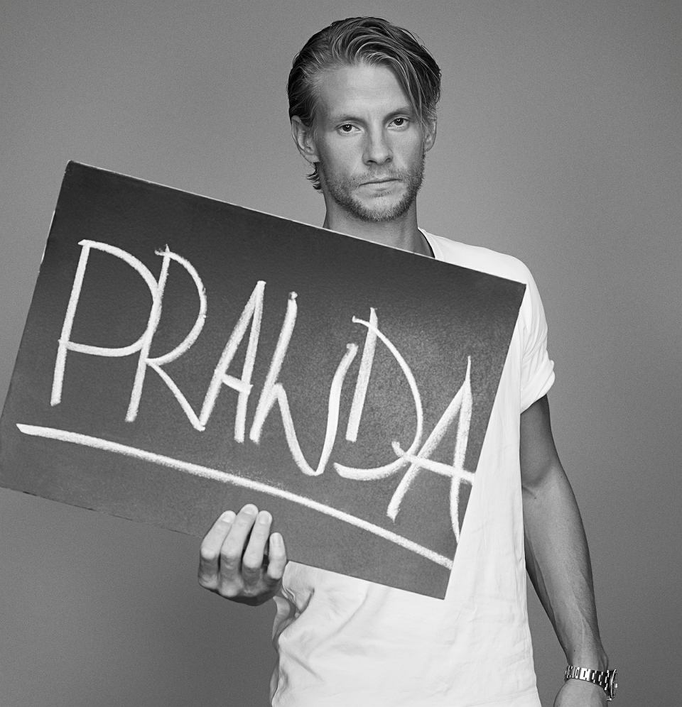 Sebastian Fabijański w kampanii Anji Rubik #SEXEDPL