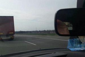 Postój konwoju armii USA na autostradzie A1 (WIDEO)