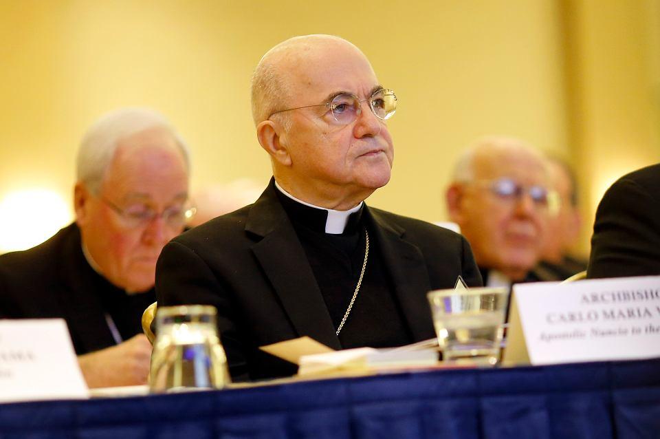 Arcybiskup Carlo Maria Vigano