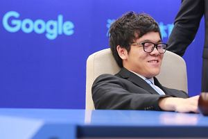 AlphaGo jednak górą! Sztuczna inteligencja ograła do zera mistrza świata w Go