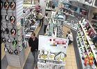 Szukają złodzieja z centrum handlowego. Poznajesz go?