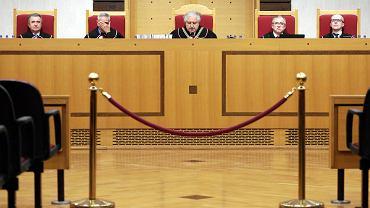 Polacy źle oceniają działalność Sejmu, Senatu i Trybunału Konstytucyjnego - wynika z najnowszego sondażu CBOS