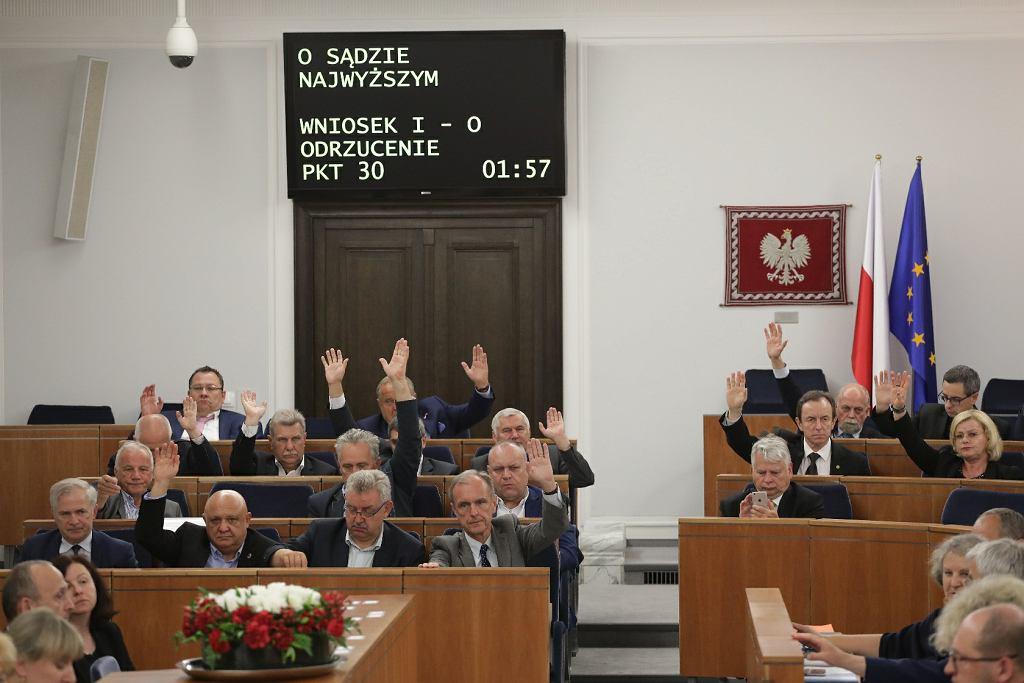 Senat podczas prac nad ustawą o Sądzie Najwyższym