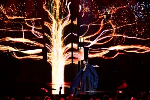 Eurowizja 2016. Ukraina wygra�a z Rosj�. Takie rzeczy na razie mo�liwe tylko w konkursie piosenki